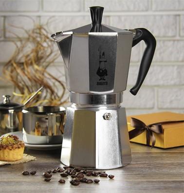 Concours gratuit : Une cafetière Moka de Bialetti